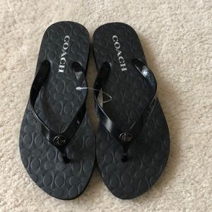 NWOT COACH Abbigail Flip Flops Sz. 7